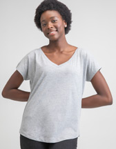 MANTIS Women's Loose Fit V-Neck T - Artikel M147